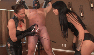 Lesson-In-Femdom-With-Aunt-